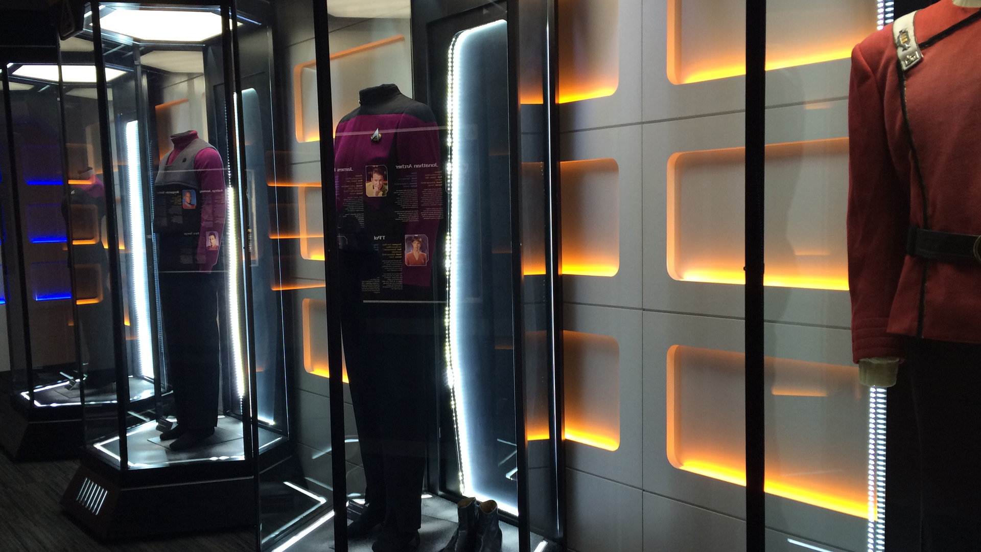 Telus Spark: Star Trek the Starfleet Academy Experience Captain Uniforms