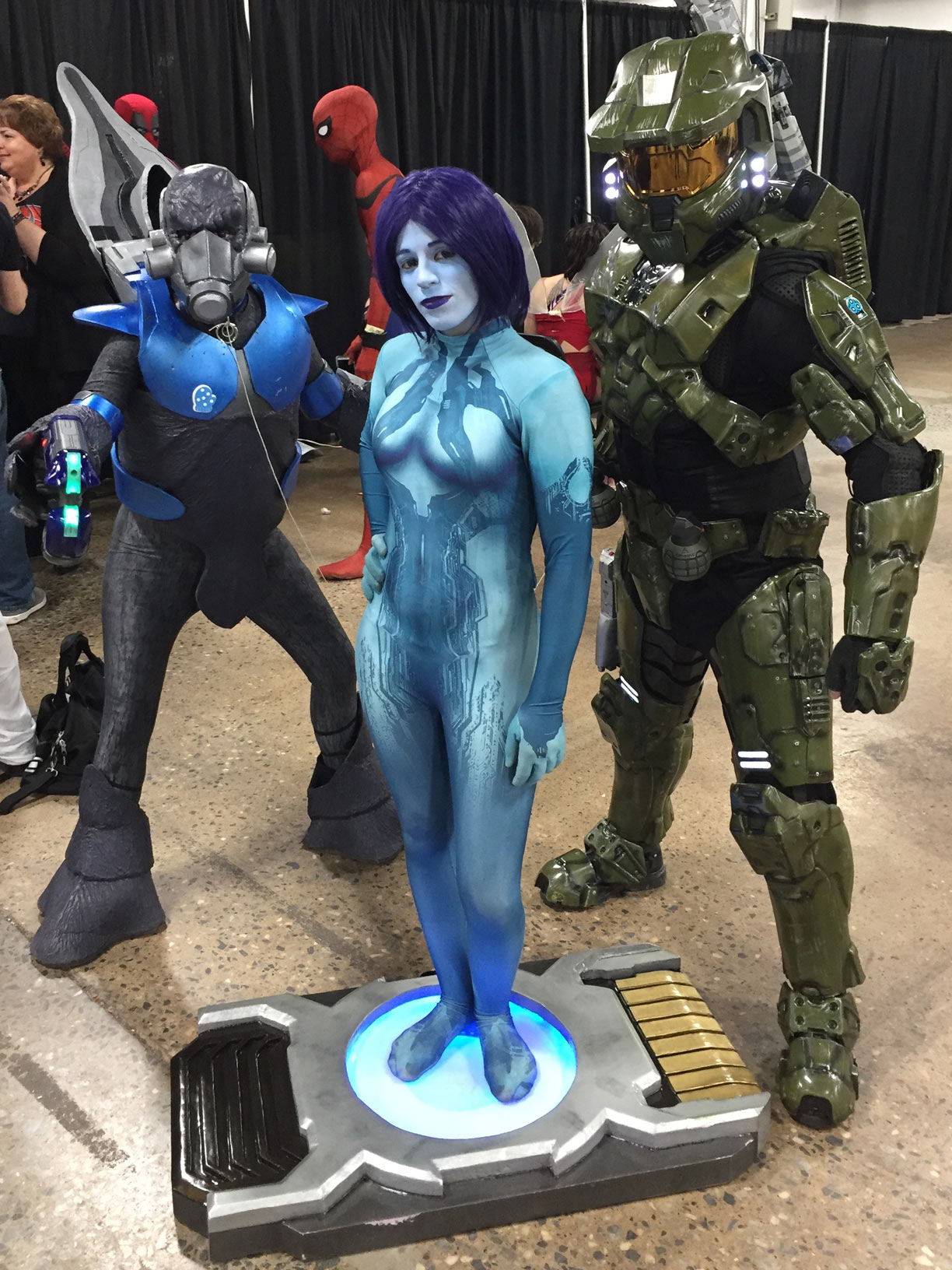 The Great Philadelphia Comic Con 2017 Cosplay Day 2 Master Chief, Cortana and Grunt