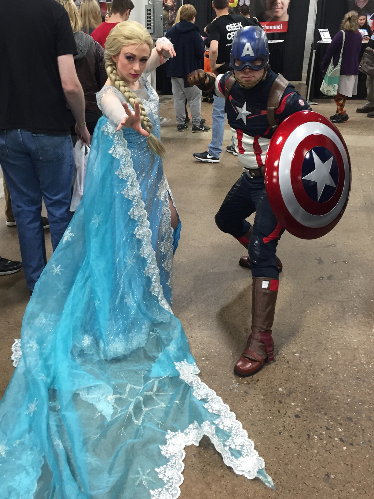 The Great Philadelphia Comic Con 2017 Cosplay Day 2 Elsa and Captain America