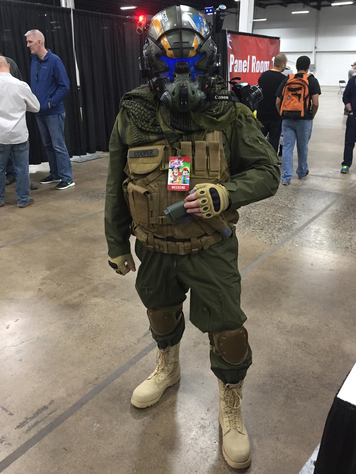 The Great Philadelphia Comic Con 2017 Cosplay Day 3 Titanfall Pilot