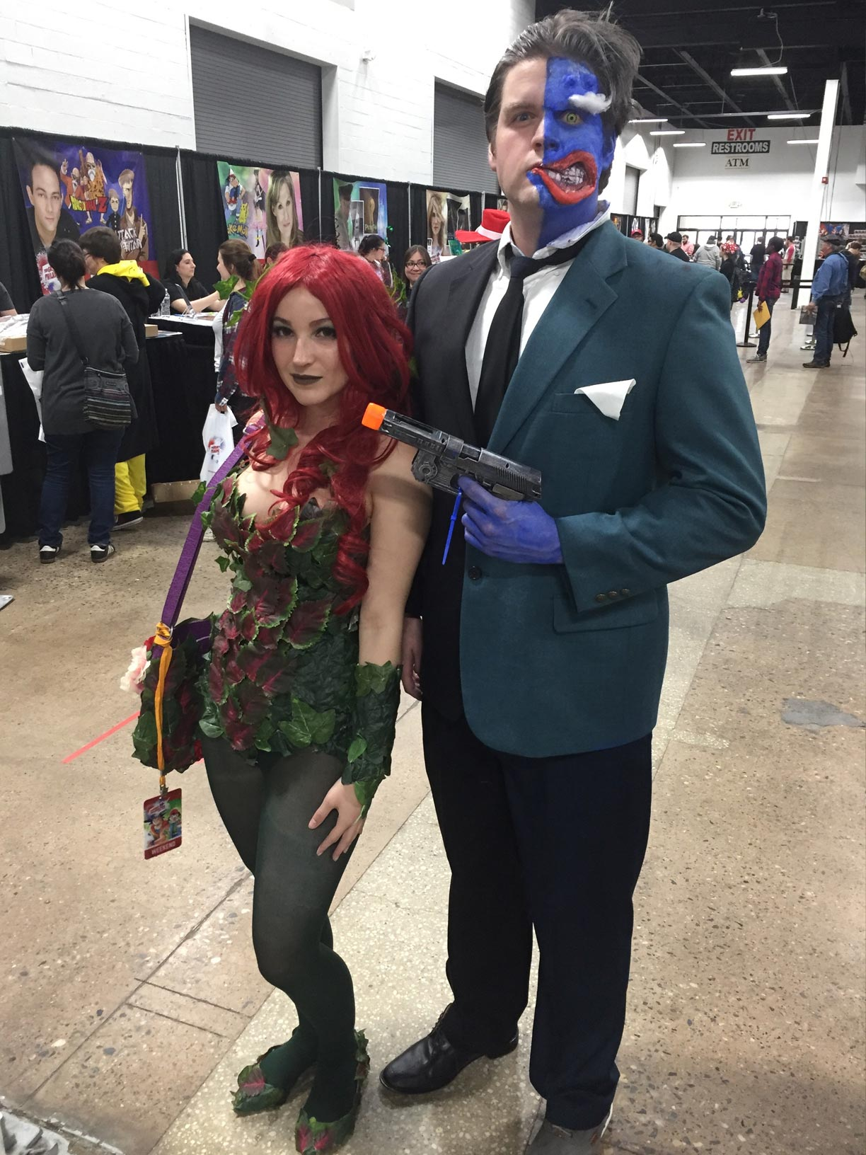 The Great Philadelphia Comic Con 2017 Cosplay Day 3 Two Face and Ivy